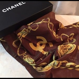 🆕 Chanel CC Gold Chain  Long Scarf In box